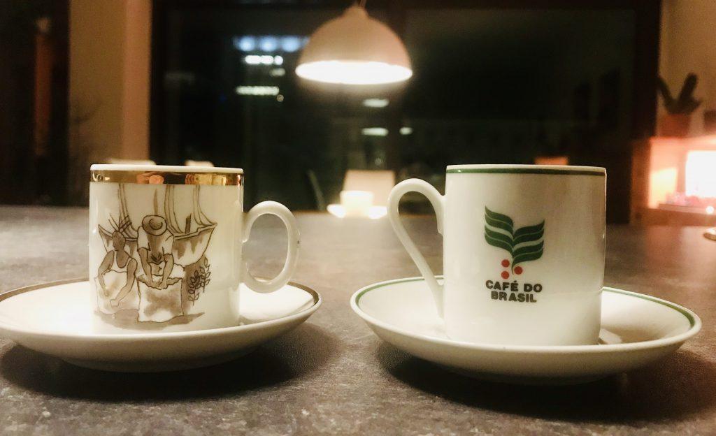 Dieses Bild hat ein leeres Alt-Attribut. Der Dateiname ist saphenion-cafèzinho-cafe-do-brasil-1024x624.jpg